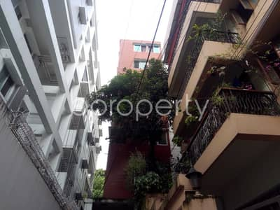 3 Bedroom Apartment for Rent in 16 No. Chawk Bazaar Ward, Chattogram - A Ready 1100 Sq Ft Flat Is Available For Rent At Chawk Bazar