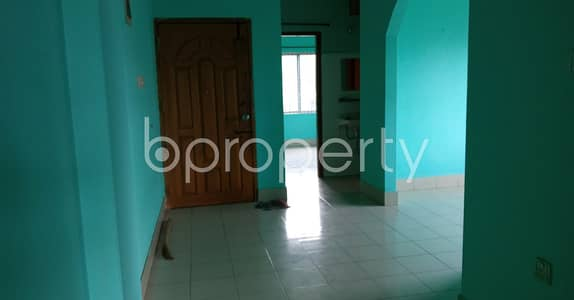 2 Bedroom Flat for Rent in 7 No. West Sholoshohor Ward, Chattogram - This 1020 Sq. Ft. Flat Is Up For Rent Near Pilkhana Jame Masjid .