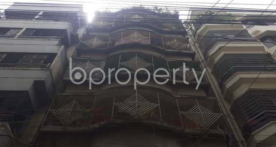 Offering you beautiful 800 SQ FT apartment to Rent in Banasree, Block B