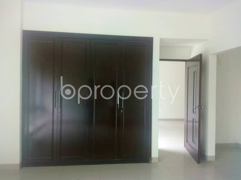Take This 2800 Sq Ft Residential Flat Is Vacant For Rent At South Khulsi Area Nearby Ab Bank Limited
