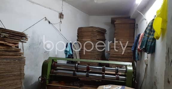 Shop for Sale in Bangshal, Dhaka - At Bangshal Close To Noyabajar Jame Masjid 130 Sq Ft. Shop Space Is For Sale .