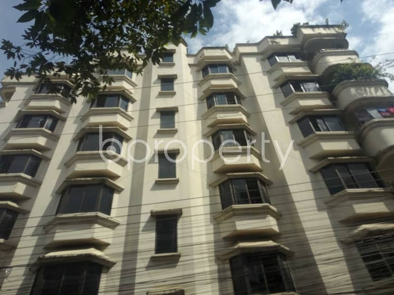 Comfy Flat Covering An Area Of 1356 Sq Ft Is Up For Rent In Sugandha R/a