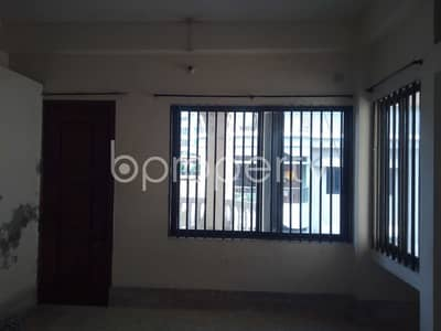 Find 920 SQ FT flat available to Rent in Panchlaish