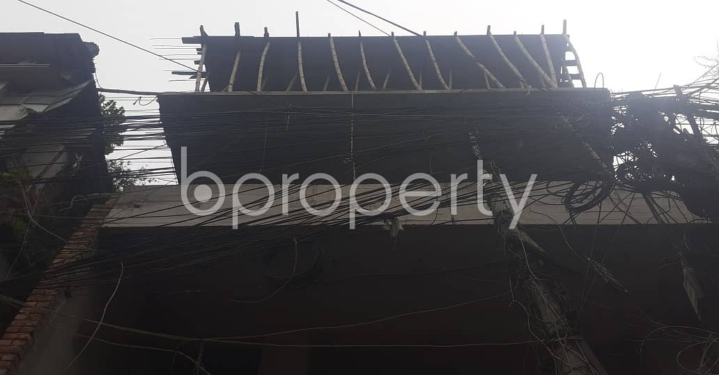 100 Sq Ft. Commercial Shop Is Available For Rent In Saat Rawza Near To Nazimuddin Road Shahi Jame Masjid