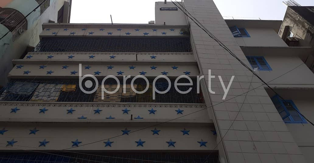 A Dazzling 900 Sq Ft Residential Property Is Up For Rent Located At Elephant Road