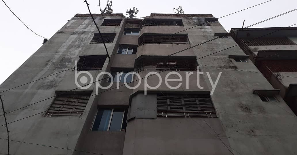 Get Comfortable In A 800 Sq Ft Flat For Rent In New Market Near Government Laboratory High School