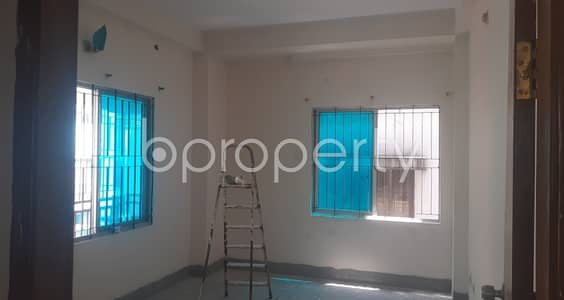For Rental purpose well-constructed 950 SQ FT flat is now up to Rent in Banasree