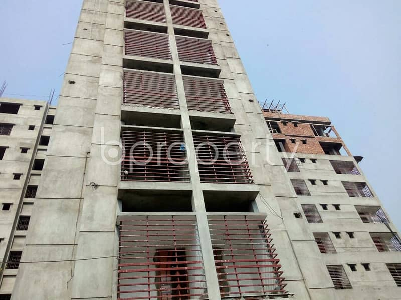 1100 SQ FT flat is now available for sale nearby Surma Colony Jame Mosjid in Bayazid