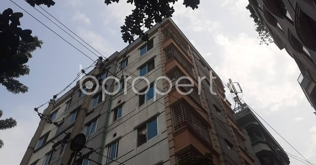 We Have A 1000 Sq. Ft Flat For Sale In North Shahjahanpur Nearby Amtola Masjid