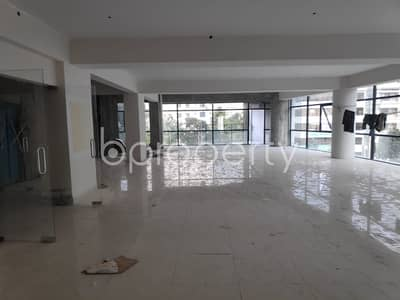 Office for Rent in Dhanmondi, Dhaka - This 2629 Sq. Ft Spacious Office Space For Rent Located In Dhanmondi Near To Sat Masjid