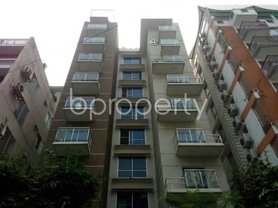 3 Bedroom Apartment for Rent in Banani, Dhaka - Well-constructed 2300 SQ FT flat is now offering to you in Banani for rent