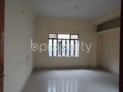 3 Bedroom Flat for Rent in 15 No. Bagmoniram Ward, Chattogram - This 1200 Sq Ft 3 Bedroom Flat Is Now Vacant To Rent In O R Nizam Road Residential Area