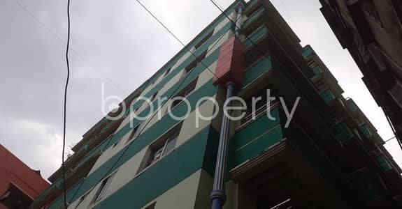 3 Bedroom Flat for Rent in 33 No. Firingee Bazaar Ward, Chattogram - At Firingee Bazaar, Suitable Apartment Is Up For Rent Which Is 1300 Sq Ft