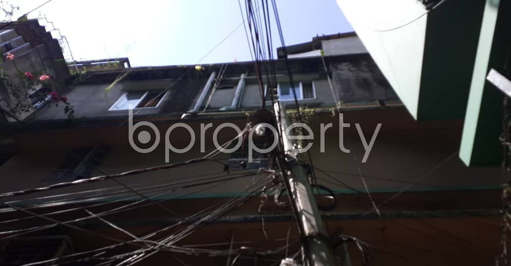 In A Beautiful Neighborhood A Decent Flat Of 900 Sq Ft Is Available For Rent In Kazir Dewri