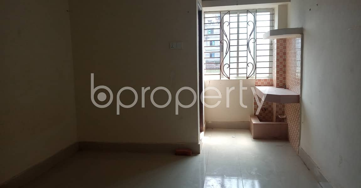 Smartly priced 500 SQ FT apartment, that you should check in 39 No. South Halishahar Ward
