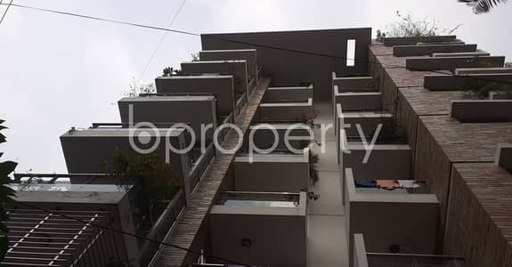 3 Bedroom Flat for Rent in Lalmatia, Dhaka - Worthy 1400 SQ FT Beautiful Residential Apartment is ready to Rent at Lalmatia