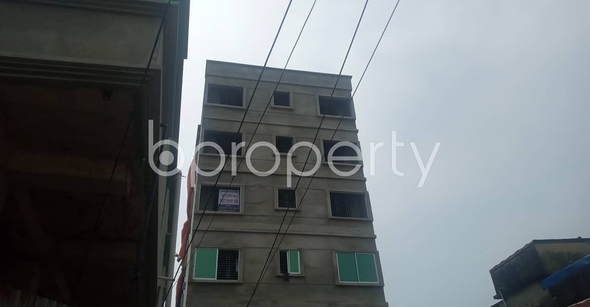 In 38 No. South Middle Halishahar A Standard 600 Sq. Ft Flat Is For Rent