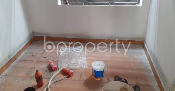 2 Bedroom Apartment for Rent in 33 No. Firingee Bazaar Ward, Chattogram - Ready for move in check this 1000 sq. ft flat for rent which is in Firingee Bazaar Ward