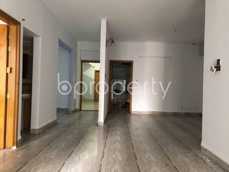 A Nice And Comfortable 3-Bedroom Flat Is Up For Rent In 15 No. Bagmoniram Ward