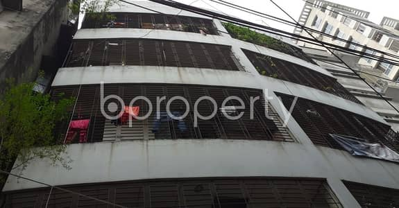 2 Bedroom Flat for Rent in Kalabagan, Dhaka - Decent-sized House Is Up For Rent In Green Road, Kalabagan