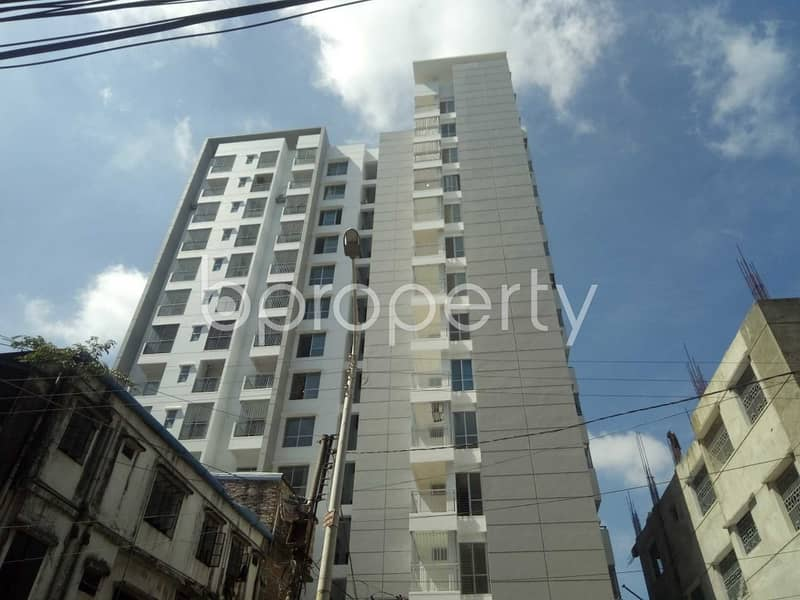 This 1385 sq. ft flat will ensure your good quality of living in Mehidibag