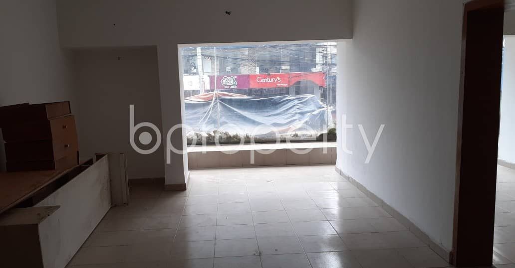 This 1500 Square Feet Office Space Up For Rent In The Location Of Panthapath Main Road