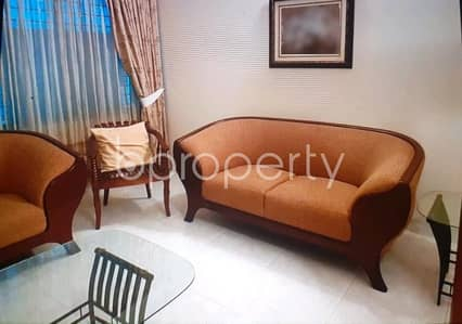 3 Bedroom Apartment for Rent in Gulshan, Dhaka - This Full Furnished Flat In Gulshan 2 With A Convenient Price Is Up For Rent