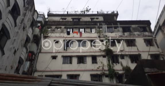 2 Bedroom Flat for Rent in 22 No. Enayet Bazaar Ward, Chattogram - Make This 900 Sq Ft And 2 Bedroom Flat Your Next Residing Location, Which Is Up For Rent In Enayet Bazaar Close To Aparna Charan City Corporation Girl's High School & College