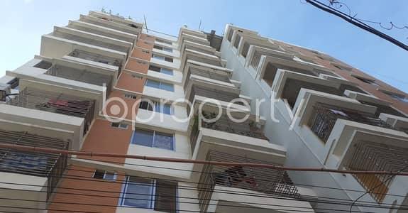 3 Bedroom Flat for Rent in 33 No. Firingee Bazaar Ward, Chattogram - Tastefully Designed this 1300 SQ FT apartment is now vacant for rent in Firingee Bazaar Ward