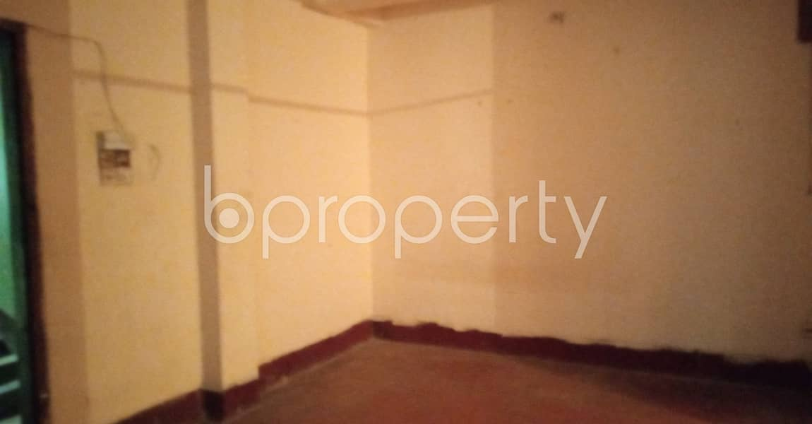 Visit This 920 Sq Ft Living Space For Rent In Gayabi Mosjid Road, West Sholoshohor.