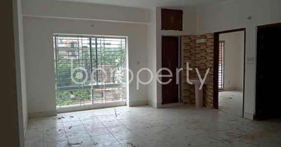 Looking for a beautiful flat to rent in West Sholoshohor, check this one which is 1450 SQ FT