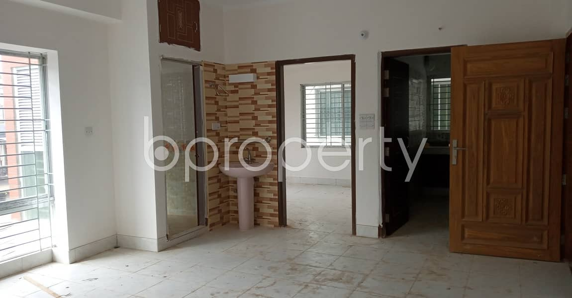 Great Location! Check Out This 3 Bedroom Large Flat For Rent In 7 No. West Sholoshohor Ward