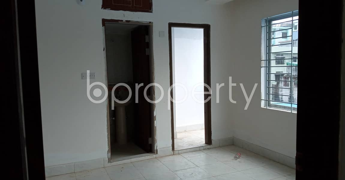 This Flat In 7 No. West Sholoshohor Ward Is Up For Rent With An Area Of 1550 Sq. ft