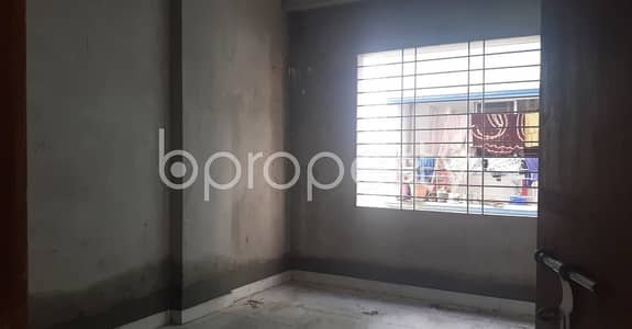 3 Bedroom Flat for Rent in Mohammadpur, Dhaka - Tastefully Designed this 1000 SQ FT apartment is now vacant for rent in Bosila