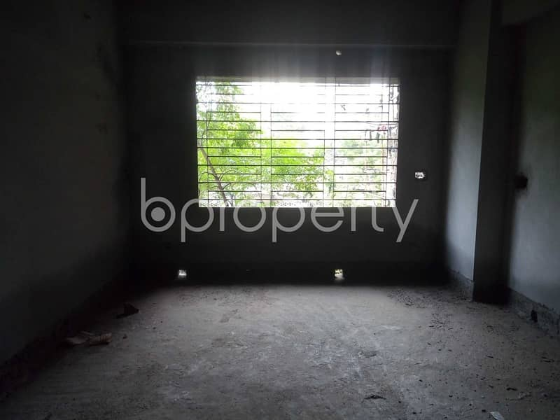 Plan to move in this 1600 SQ FT flat which is up for sale in Mohammadpur, Block A