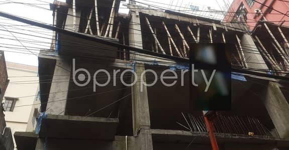 Plan to move in this 1450 SQ FT flat which is up for sale in Rayer Bazaar