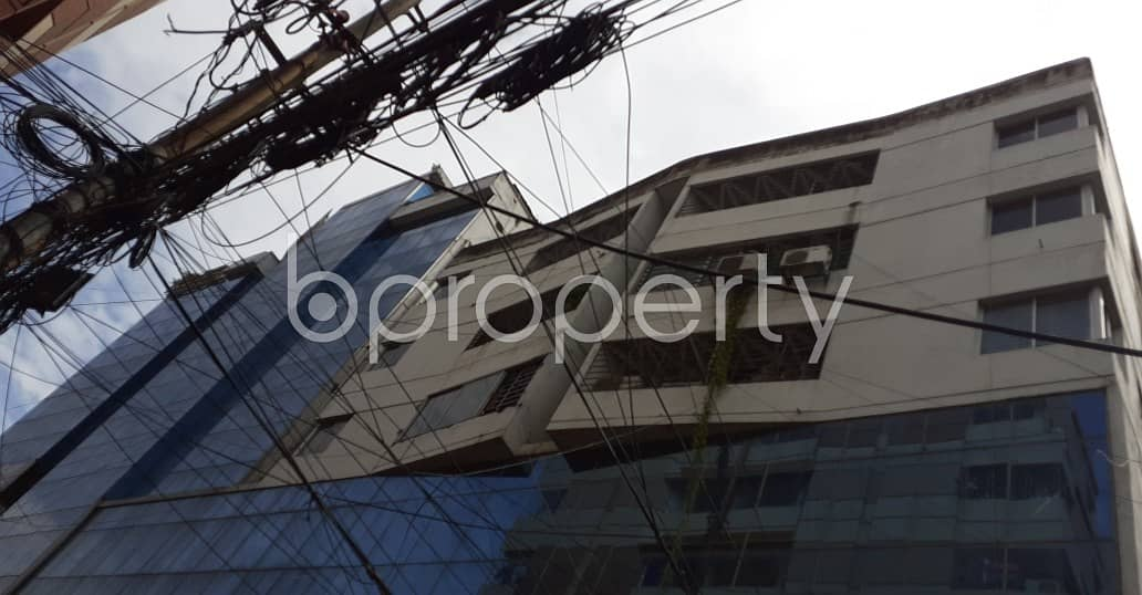 At Dhanmondi, 126 Sq Ft Well Fitted Shop Is ready To Rent