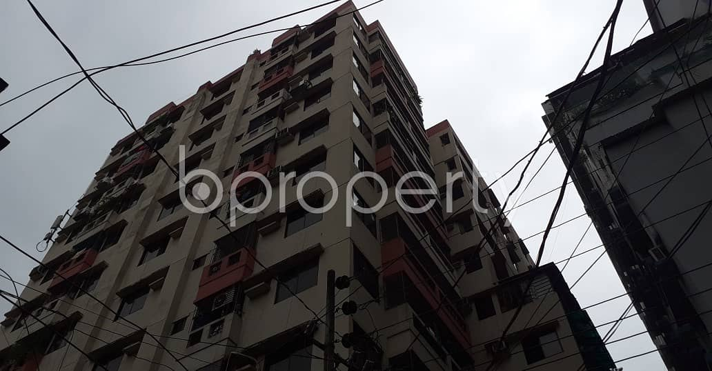 Impressive Flat Is Up For Rent In Elephant Road Near Medical Quarter Jame Masque.