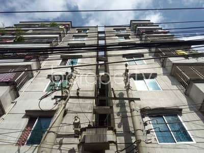 2 Bedroom Apartment for Rent in Lalbagh, Dhaka - Comfy Residence Covering An Area Of 750 Sq Ft Is Up For Rent In Amligola