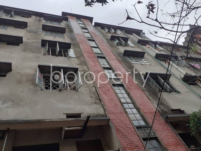 Reasonable 700 SQ FT flat is available for sale in School Road, Bibir Bagicha